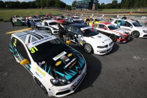 Cars line up on the grid for Race 2 at Brands Hatch